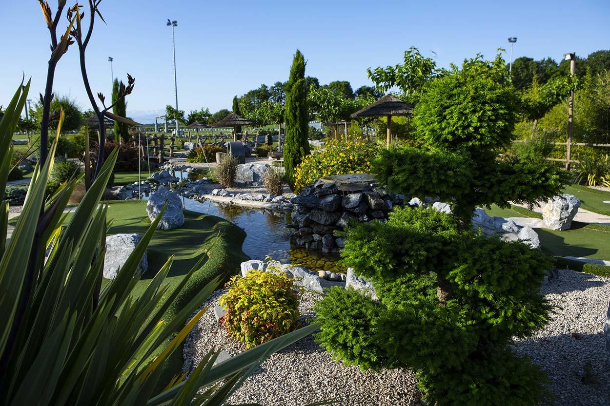 Création de jardin Pau, Élagage Pau, Entretien espaces verts Pau, Entretien jardin Pau, Paysagiste Pau, Sol perméable Hydroway Pau, Toiture végétalisée Pau